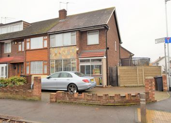 3 bed end terrace house to rent in Broomfield Road, Chadwell Heath RM6
