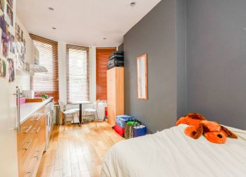 Thumbnail Studio to rent in Kensington High Street, High Street Kensington