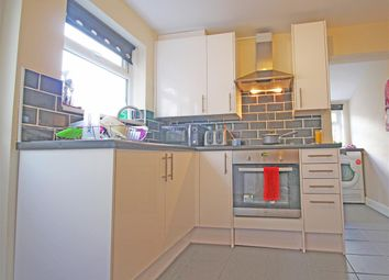 Thumbnail 3 bed terraced house to rent in Grosvenor Street, Bedford