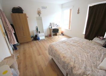 Thumbnail 5 bed terraced house to rent in Venetia Road, Finsbury Park, London