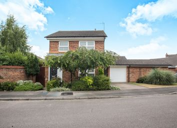Thumbnail 3 bed detached house for sale in Brierley Close, Luton