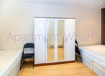 Room to rent in Ironmongers Place, London E14