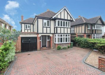 Thumbnail 4 bed detached house to rent in Woodland Drive, Watford