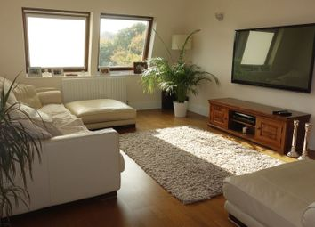 Thumbnail 2 bedroom flat to rent in Brookside, East Barnet, Barnet