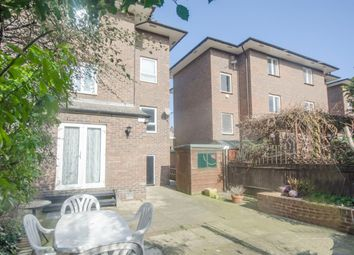 Thumbnail 4 bed town house to rent in Sextant Avenue, Isle Of Dogs