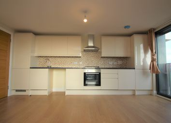 Charter House, High Road, Ilford IG1. 2 bed flat