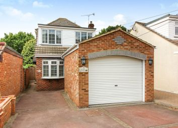 3 bed detached house for sale in Downer Road, Benfleet SS7