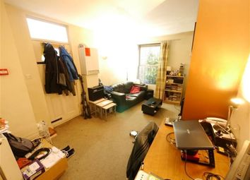Thumbnail 1 bedroom flat to rent in Blenheim Square, Leeds