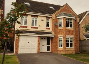 Thumbnail 5 bed detached house for sale in Aspen Close, Gomersal