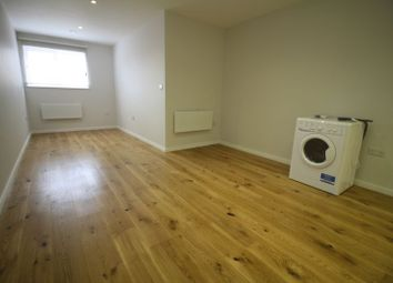 Thumbnail 1 bed flat to rent in The Marlowes Centre, Marlowes, Hemel Hempstead