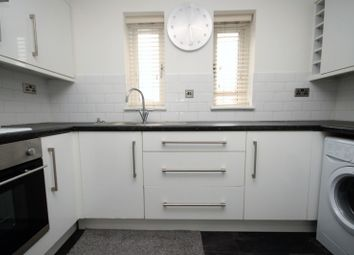 Thumbnail 1 bed flat to rent in Copperfields, Basildon