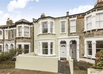 Thumbnail 3 bed flat to rent in Oakhill Road, London