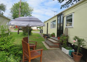 Thumbnail 1 bedroom mobile/park home for sale in Bakers Lane, West Hanningfield, Chelmsford
