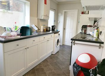 Thumbnail 1 bed flat to rent in Nunthorpe Road, York