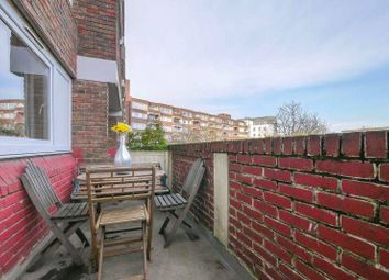 2 bed maisonette for sale in Baythorne Street, London E3