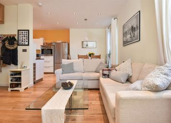 Thumbnail 2 bed flat for sale in Highcliffe Road, Winchester