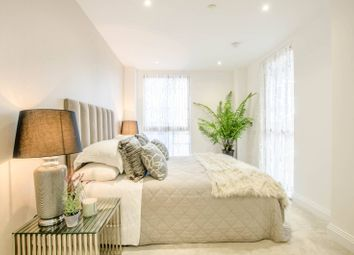 Thumbnail 2 bed flat for sale in Blagdon Road, New Malden KT34Dz