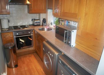 Thumbnail 2 bedroom flat to rent in Ongar Road, Brentwood