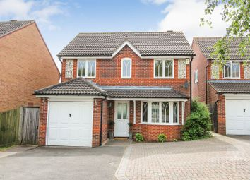Thumbnail 3 bed detached house for sale in Sedge Grove, Thatcham