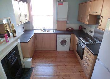 Thumbnail 3 bedroom flat to rent in Old Road West, Northfleet, Gravesend