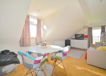 Thumbnail 3 bed flat to rent in High Road, Whetstone, London