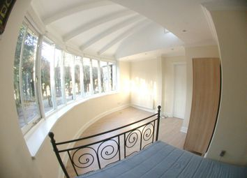 Thumbnail Room to rent in Burton Road, London