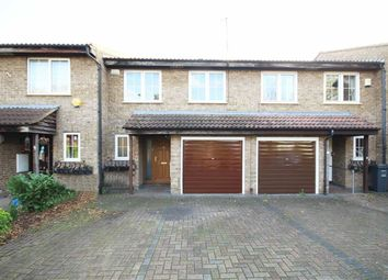 Thumbnail 4 bed property to rent in Brackendale Close, Hounslow