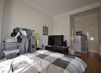 Thumbnail 1 bedroom flat to rent in Cleveland Park Avenue, London