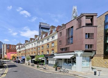 Thumbnail 1 bed flat to rent in Snowsfields, London