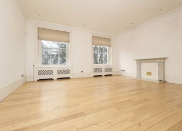 Thumbnail 3 bed flat to rent in Queens Gardens, Bayswater
