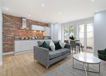 Thumbnail Commercial property for sale in Tessa Apartments, Flat 2, 117 East Dulwich Grove, London