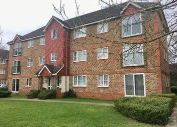 2 bed flat to rent in Fenchurch Road, Maidenbower, Crawley RH10