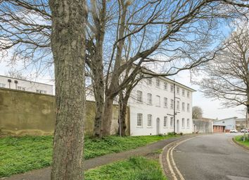 Union Close, Newhaven BN9. 2 bed flat for sale
