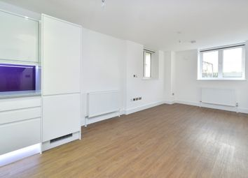 Thumbnail 1 bedroom flat to rent in 7 Pearl House, 60 Millennium Place, Bethnal Green, London
