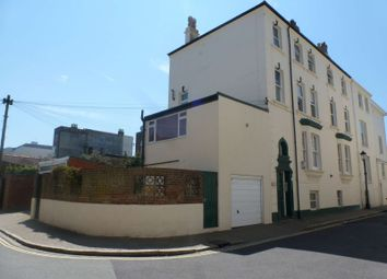 Thumbnail 2 bed flat to rent in Auckland Road West, Southsea