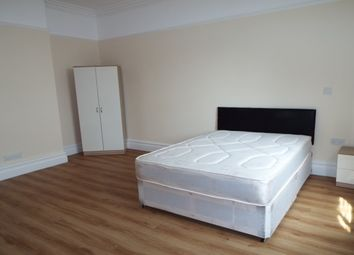 Thumbnail Room to rent in Grove Road, Wrexham