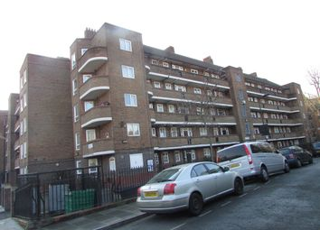 Thumbnail 2 bedroom flat to rent in Warburton House, London