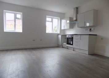 Thumbnail Terraced house to rent in Leagrave Road, Luton, Bedfordshire
