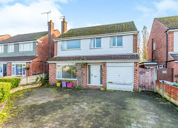 Thumbnail 4 bed detached house for sale in Alumbrook Avenue, Holmes Chapel, Crewe, Cheshire