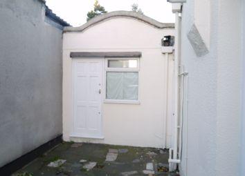 Thumbnail Studio to rent in Hendon Way, London