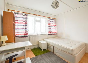 Thumbnail 3 bed flat to rent in Strafford Road, London