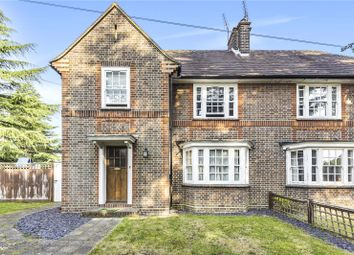 Evelyn Drive, Pinner, Middlesex HA5. 3 bed semi-detached house
