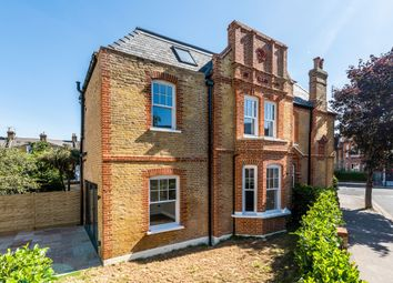 5 bed flat to rent in Frognal Parade, London NW3