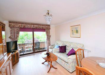 Thumbnail 1 bedroom flat to rent in Gainsborough Road, London