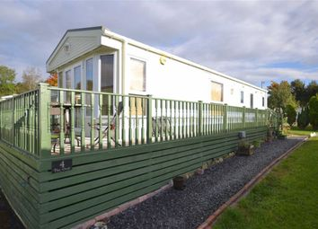 Thumbnail 2 bed mobile/park home for sale in The Oval, Three Rivers Country Park