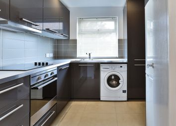 Thumbnail 2 bed flat to rent in Elmcroft Crescent, Golders Green, London