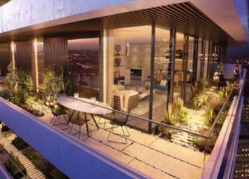 Thumbnail 1 bedroom flat for sale in Marsh Wall, Canary Wharf / London