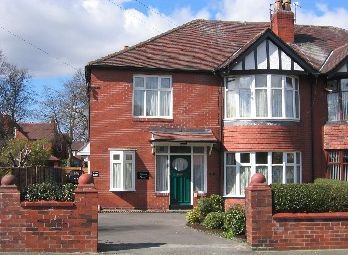 Thumbnail 1 bed flat to rent in Highbury Road, Whalley Range