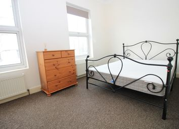 Thumbnail 1 bed flat to rent in Seven Sisters Road, Holloway