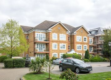 Thumbnail 2 bedroom flat for sale in Chase Side, Southgate